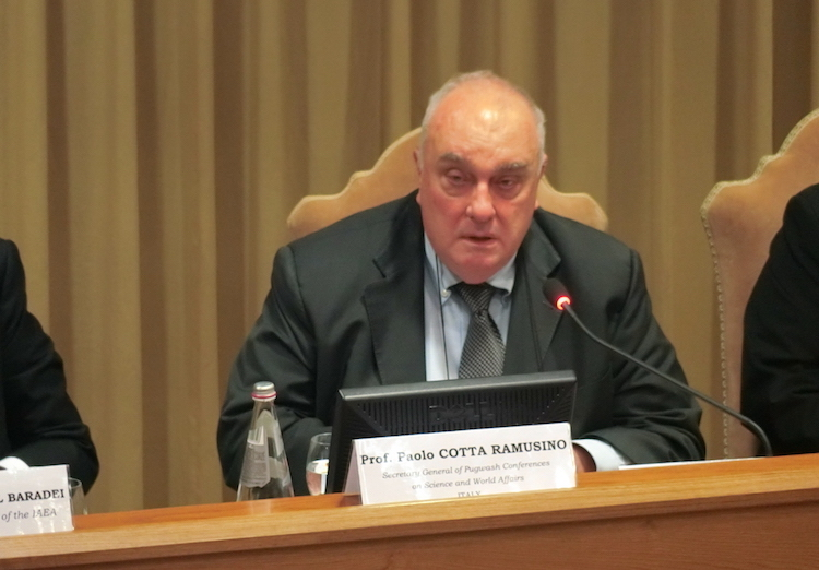 Photo: Paolo Cotta-Ramusino addressing nuclear disarmament conference in Vatican City on November 10, 2017. Credit: Katsuhiro Asagiri | IDN-INPS