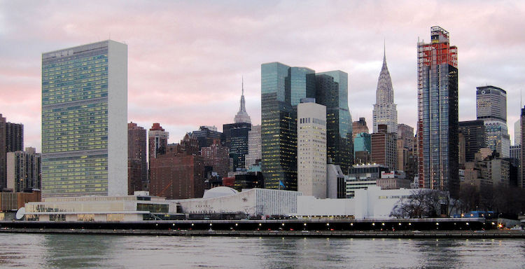 Photo: United Nations Headquarters in New York City, view from Roosevelt Island